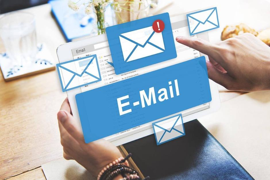 Carla Moore Speaks-5 Tips for Cold E-mail Marketing